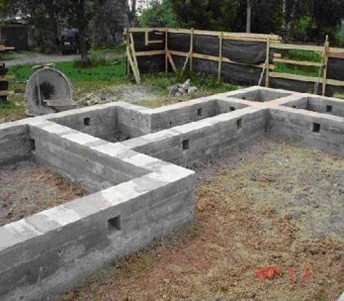 Как построить фундамент из блоков?