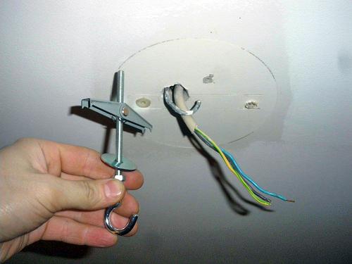 Подключение люстры. Вешаем и подключаем потолочную люстру самостоятельно.