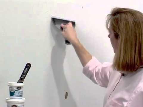 Как самостоятельно поклеить обои на стену. Рекомендации и советы при поклейке обоев.