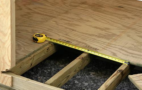 Как правильно крепить лаги к бетону?