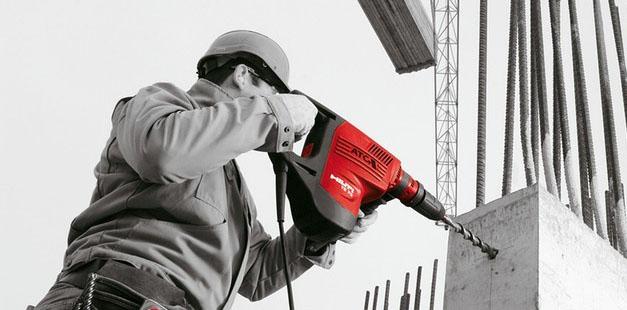 Как просверлить бетонную стену. Отверстие в бетоне перфоратором.