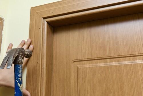 Как самому собрать коробку межкомнатной двери?