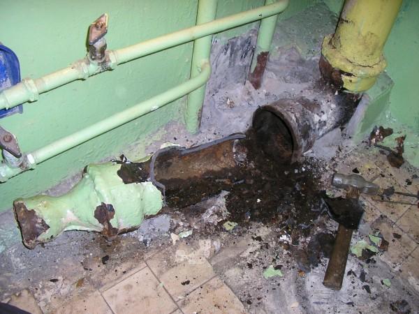 Замена стояка канализации своими руками