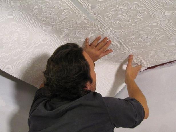 Натяжной потолок и поклейка обоев в подарок киров 54
